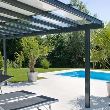 Punto Tenda Online tende da sole Modena. Vendita, produzione e montaggio di tende da sole per verande.